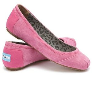 TOMS pink suede eilana ballet flats